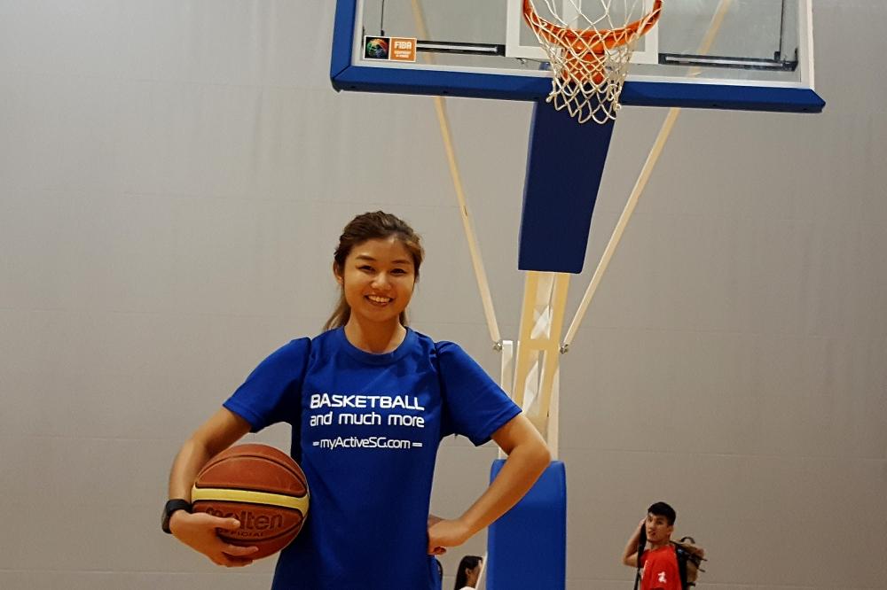 BasketballB.jpg